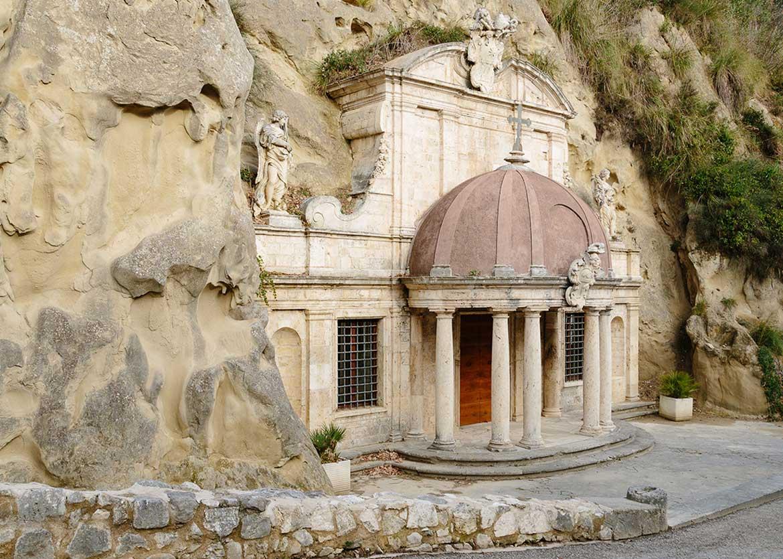 sante-emidio-alle-grotte-foto2